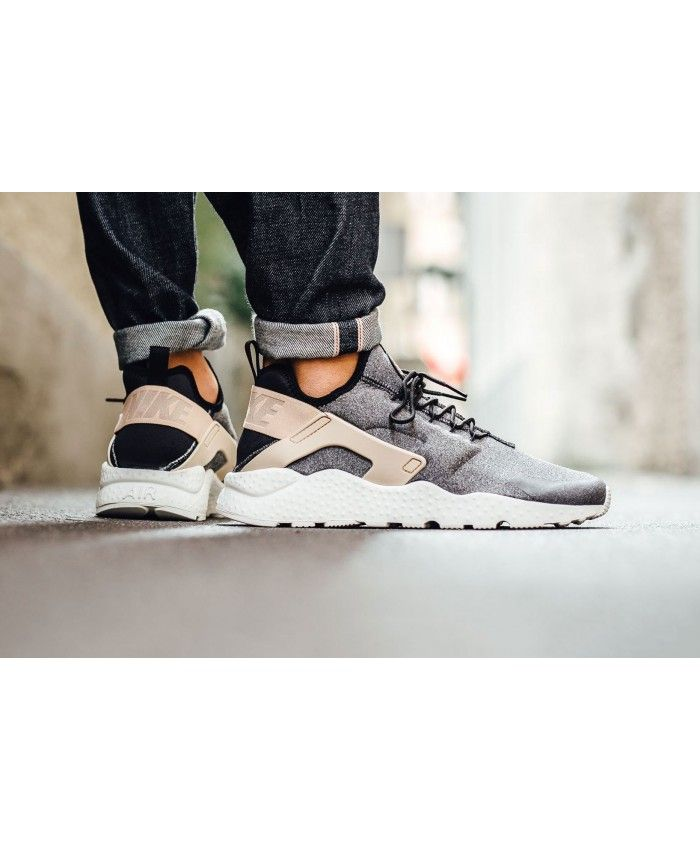 new concept 9d4e0 d51ad Nike Air Huarache Run Ultra SE Black Tan White Trainer Shoes, the  appearance of a very layered, very breathable to wear, texture is very good.