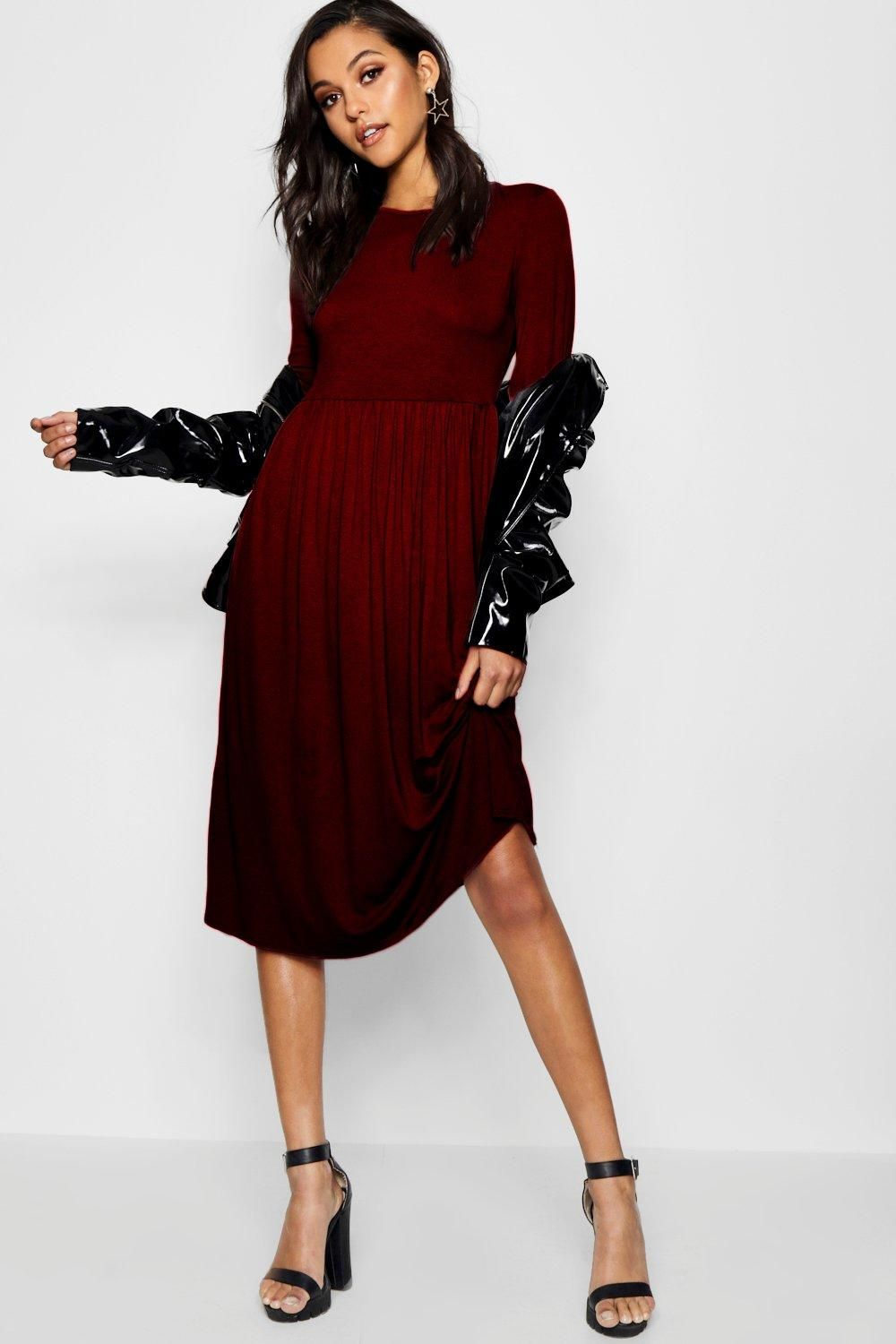 22615637c81 Click here to find out about the Mia Long Sleeve Midi Dress from Boohoo