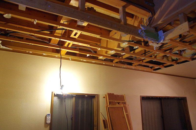 セルフリノベーション Diyで洋室の天井を抜く 洋室 天井 垂れ壁
