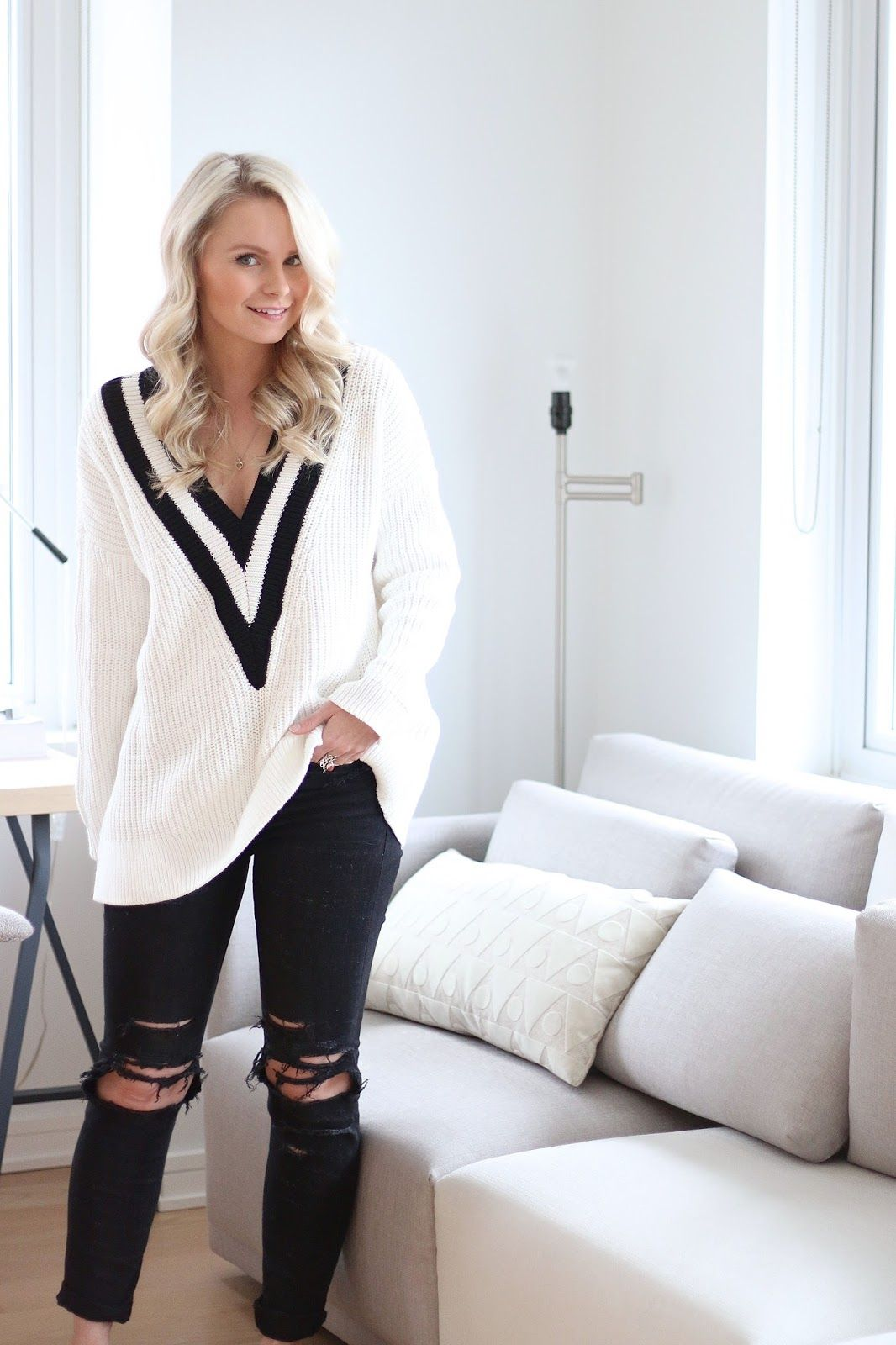 PREPPY varsity SWEATER and ripped jeans - www.andrea-clare.blogspot.com