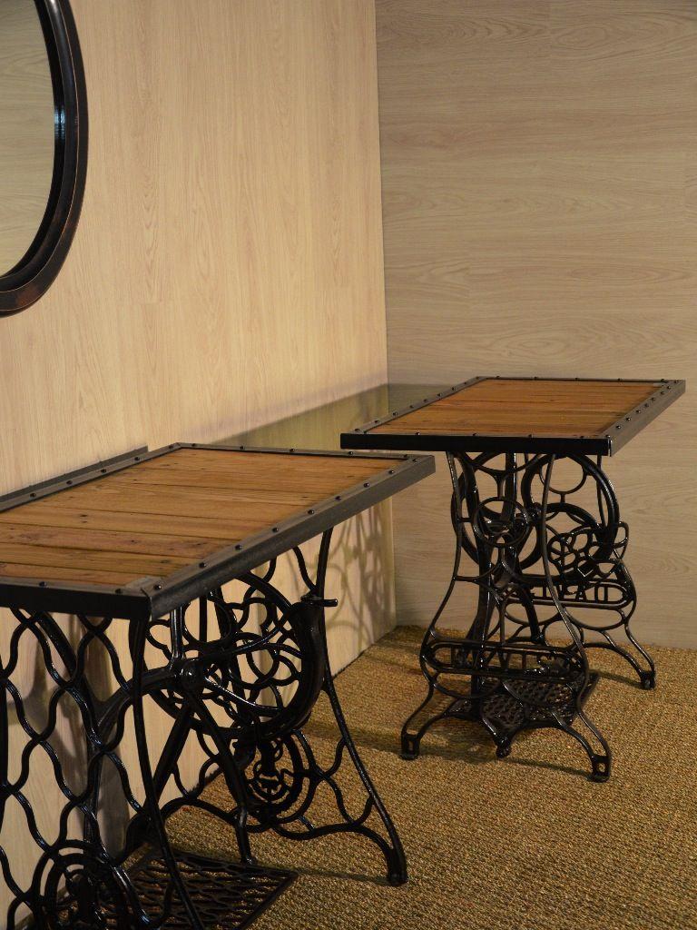 Console Industrielle Bois Et Metal Upcycling Hewel Mobilier Com Tables De Couture Palette Bois Tables De Machine A Coudre