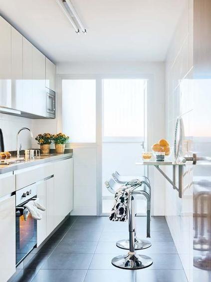Antes y despu s un piso de 40m2 reformado casas for Fotos cocinas pequenas cuadradas