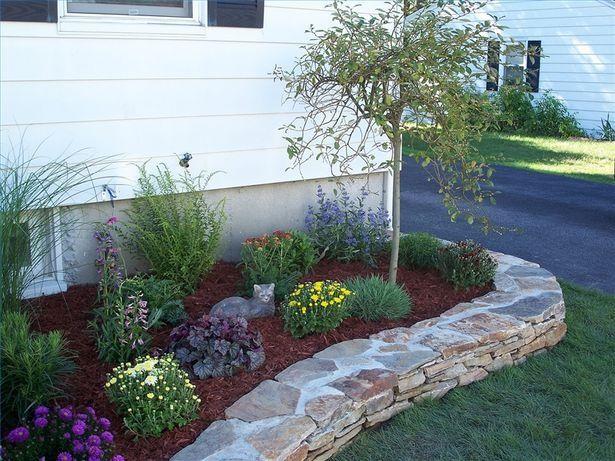 How To Landscape A Flower Bed Low Maintenance I Like The Rock Boarder Cute Idea