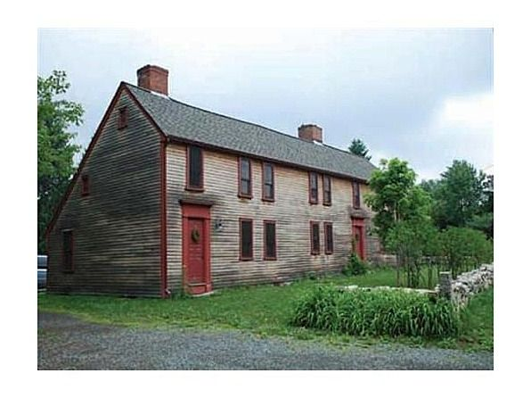 Farmhouse vintage early american farmhouse like this for Early american house styles