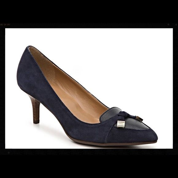 NWT Tommy Hilfiger Navy Suede Pump NWT Tommy Hilfiger Navy Suede Pump - Gold hardware. Tommy Hilfiger Shoes