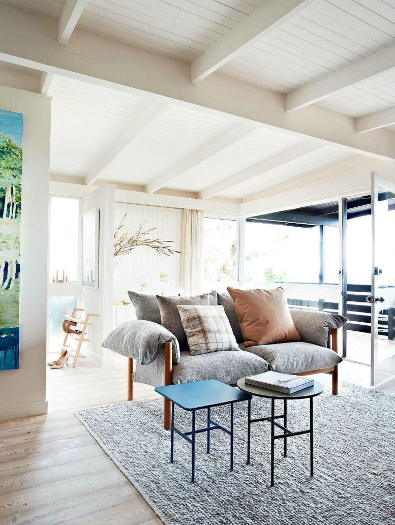Modern Country Style living room featured in Elle Decor UK edition ...