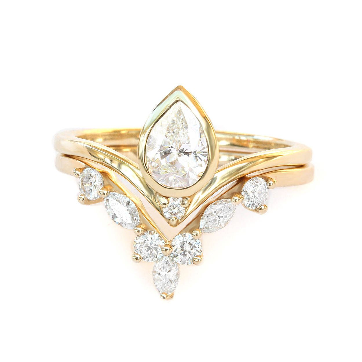 shape rings soleste engagement diamond tiffany v shaped pear co