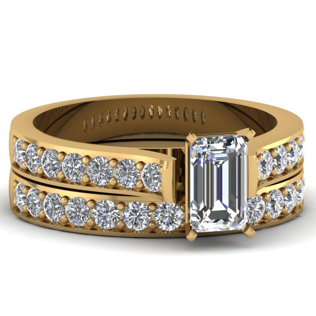 Emerald Cut Diamond Bridal Ring Set in 14k Yellow Gold