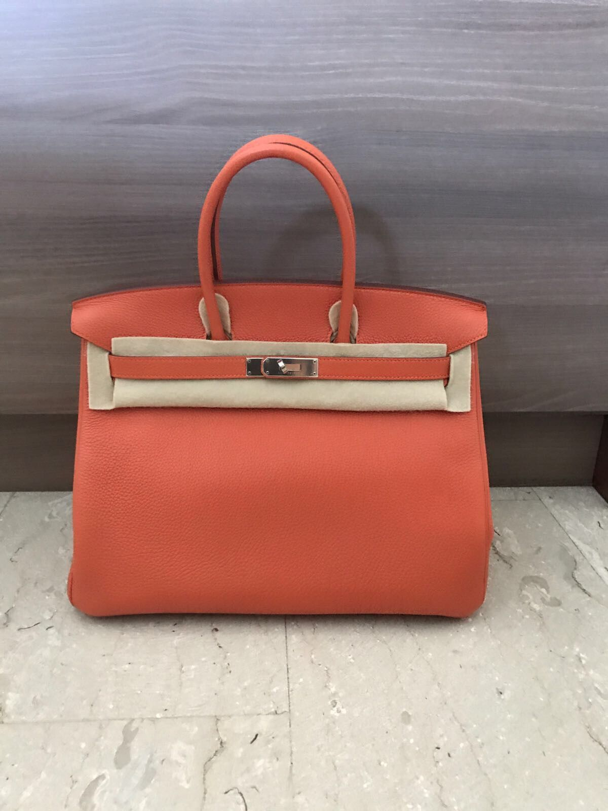 0059e2ec068f Model  Hermes Birkin 35 Stamp  Q square Color  Orange Leather  Togo Hardware