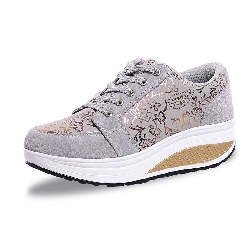 Hot Sale Women's Shoes Casual Height Increasing Summer Shake Lace Up Chaussures Pour Femmes Soft Comfortable Shoes For Women