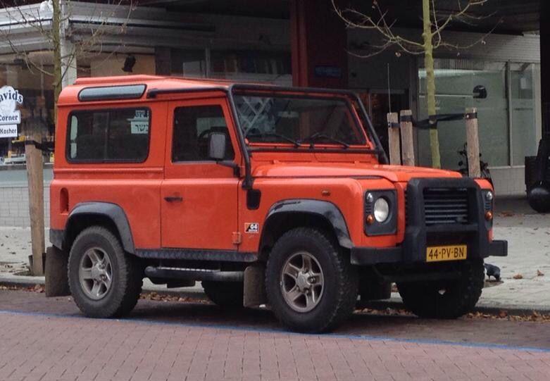 Land Rover Defender 90 Td5 Sw G4 in Amsterdam