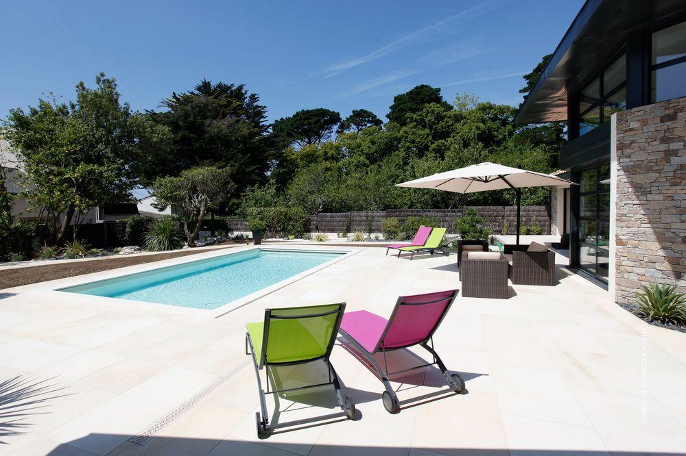 Piscine caron avis caron piscines vist volet int gr sous terrasse id es piscine piscine enterr for Piscine zendo prix