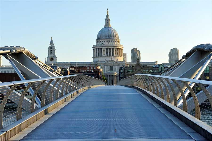 Virtual Choir 3 Featured In The Olympic Celebrations Blog Eric Whitacre Millennium Bridge London London City Tour Millennium Bridge