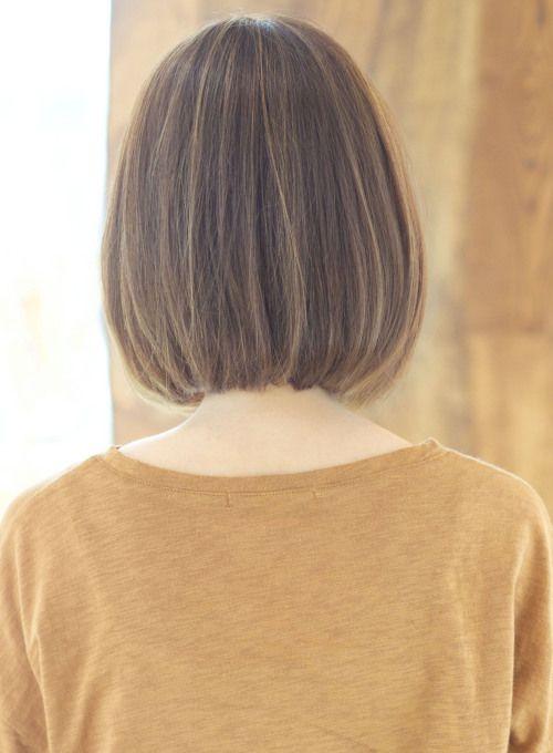 お家でも簡単に再現できるボブスタイルです 前髪長めで大人な雰囲気