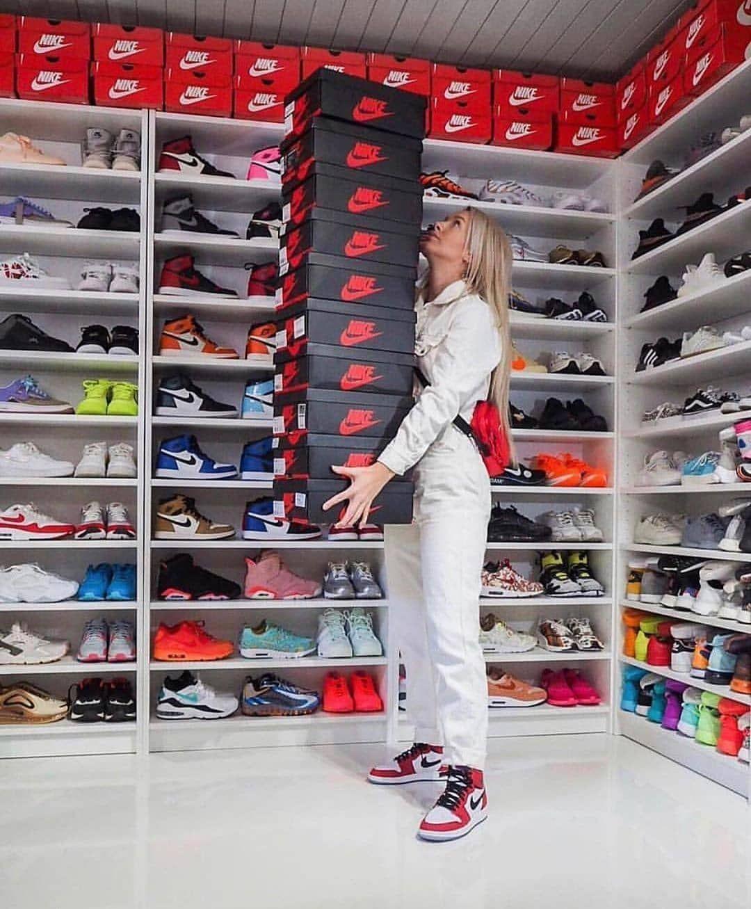 Streetwear Streetstyle Streetfashion Techwear Japanstyle Japanstreetwear Frenchwear En 2020 Chaussures De Sport Mode Chaussure Nike Jordan Dressing Chaussures