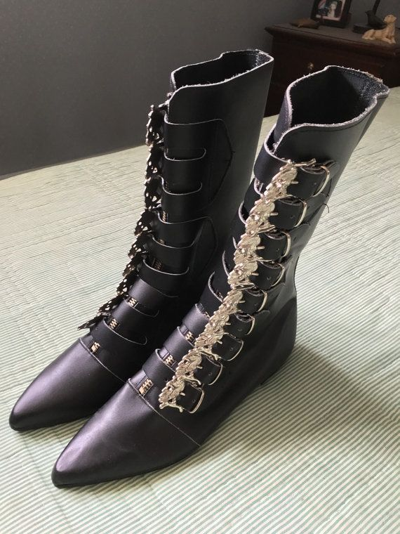 69d9aae472f50 VINTAGE 80s skull buckle tall leather winklepickers goth boots (size ...