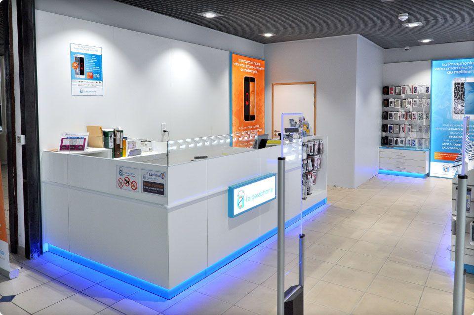 La Paraphonie Au Centre Leclerc Carpentras Reynier Agenceur Agenceur Mobilier De Salon Galerie Commerciale
