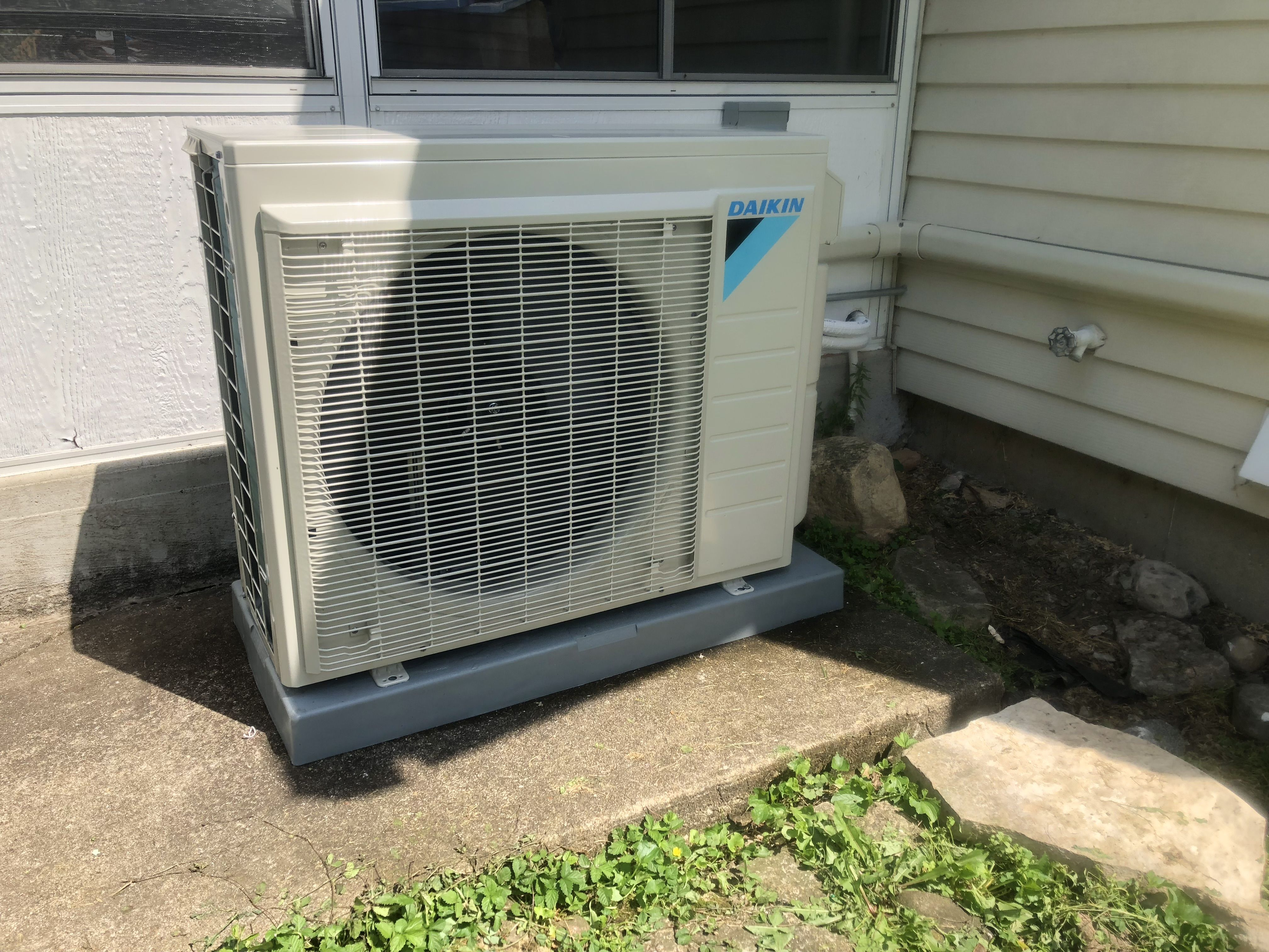 Daikin 2 Zone Ductless Heat Pump Adds Air Conditioning To A Boiler Heater Home Ductless Heat Pump Ductless Heating Ductless
