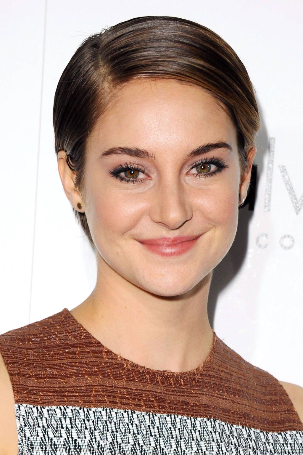 The top pixie haircuts of all time shailene woodley pixie cut and