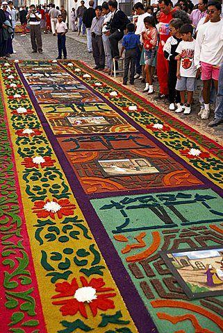 Alfombra de aserr n o la alfombra en la calle el viernes for Alfombras de antigua