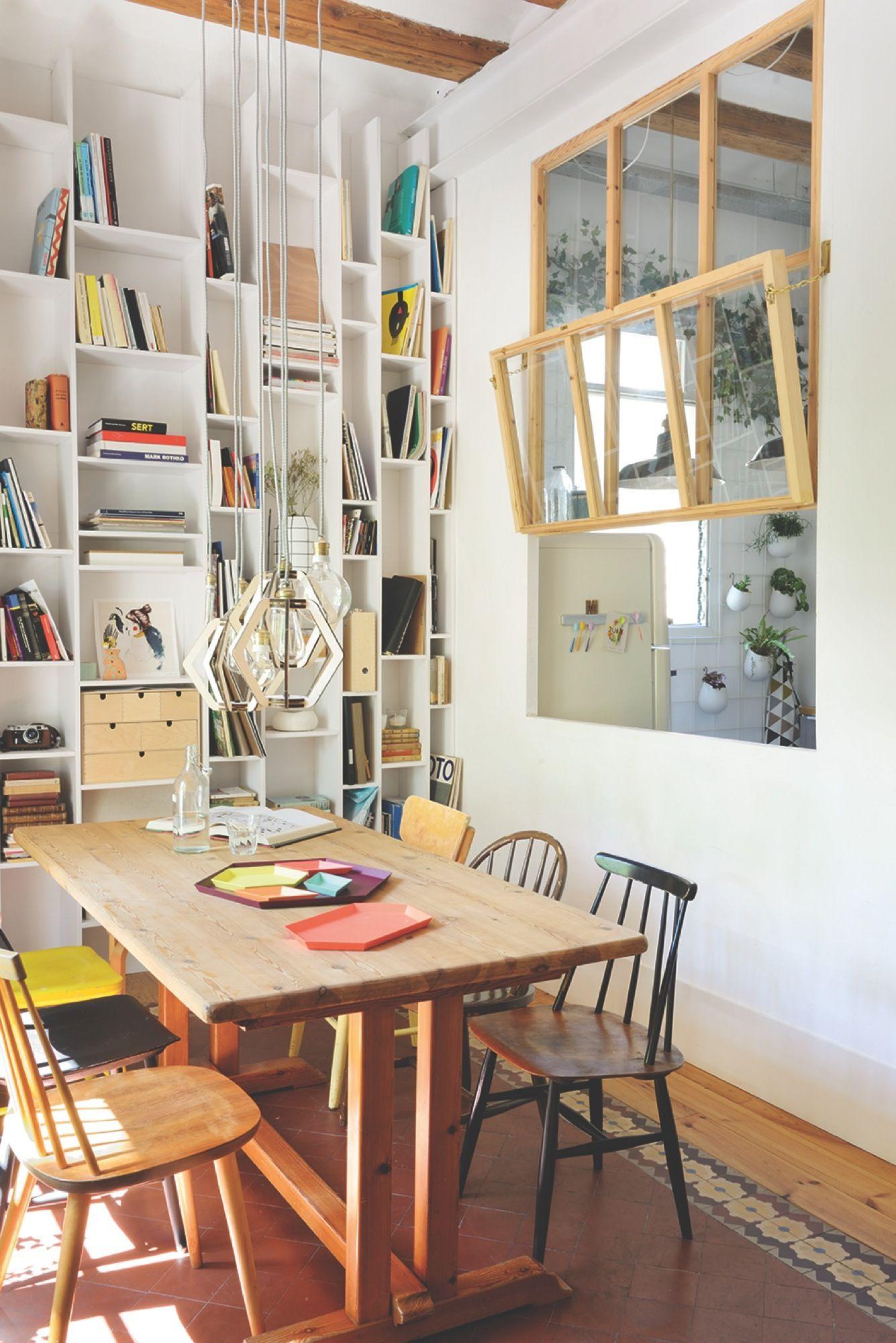 Loft bedroom privacy ideas  El piso de la joven interiorista Neus Casanova de Degoma