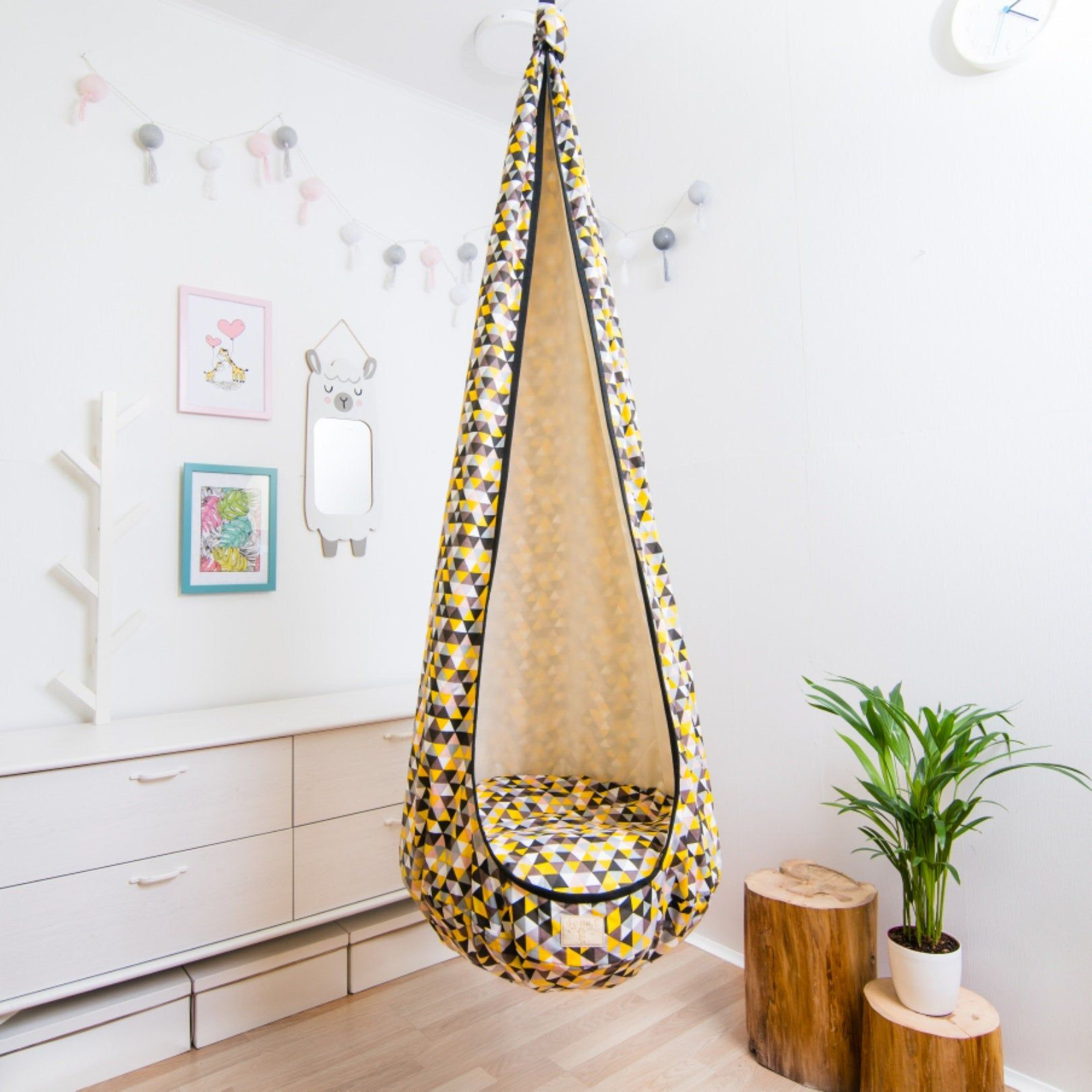 Hanging chair Cocoon Indoor toddler swing chair ...