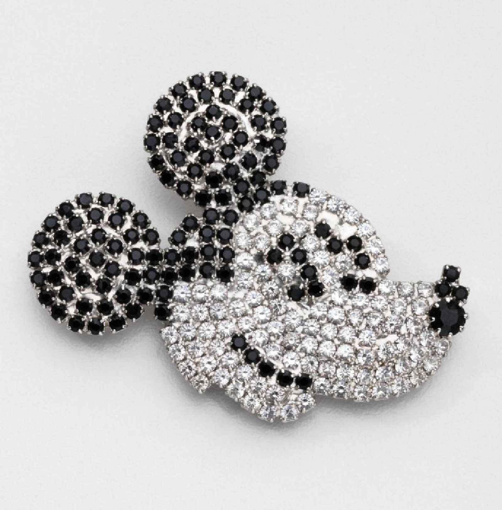 68002be2e4f58 BUTLER & WILSON RHINESTONE MICKEY MOUSE DISNEY BROOCH on ...