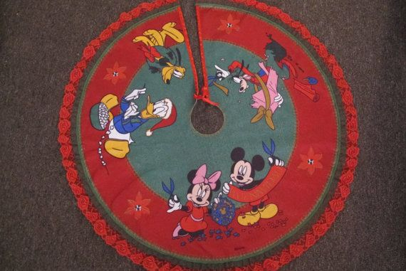 Wonderful Disney Christmas Tree Skirt / Mickey Mouse And By ManosMexicanas, $35.00