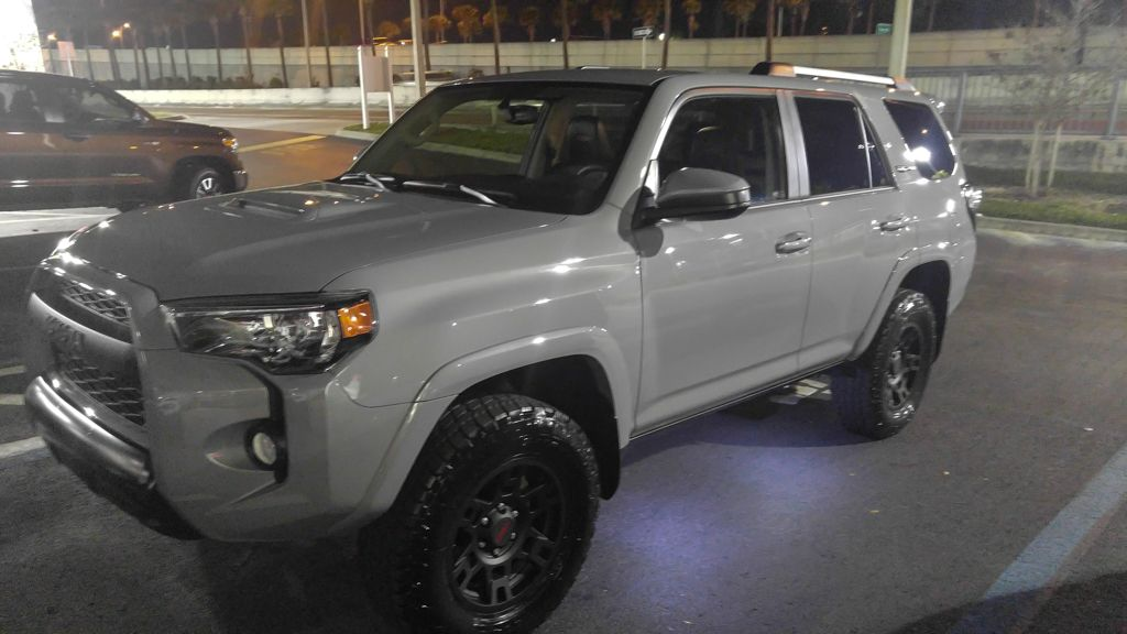 my new turd the 2017 4runner trd pro in cement grey 4x4 offroad grime dubstep 4runners. Black Bedroom Furniture Sets. Home Design Ideas