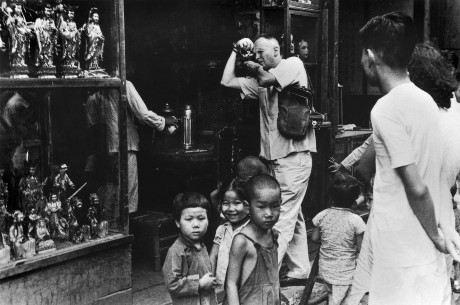 Henri Cartier Bresson In China 1949 Photo Sam Tata D R