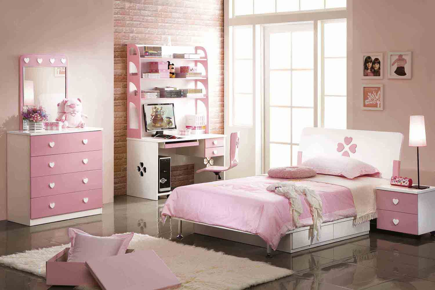 Pink And White Bedroom Designs