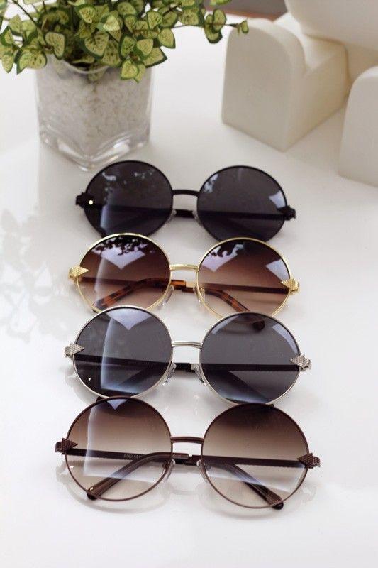 Comment bien choisir ses lunettes de soleil     Specs   Sunglasses ... 1a0ab0c0f919