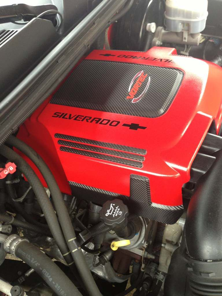 custom 6.2l l92 vortec. red and black painted engine cover carbon ...