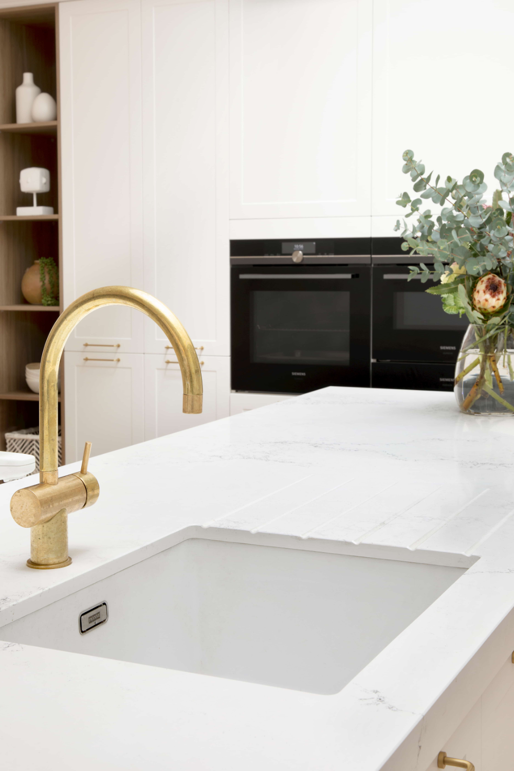 Caesarstone 5151 Empira White™ in 2020 (With images) The
