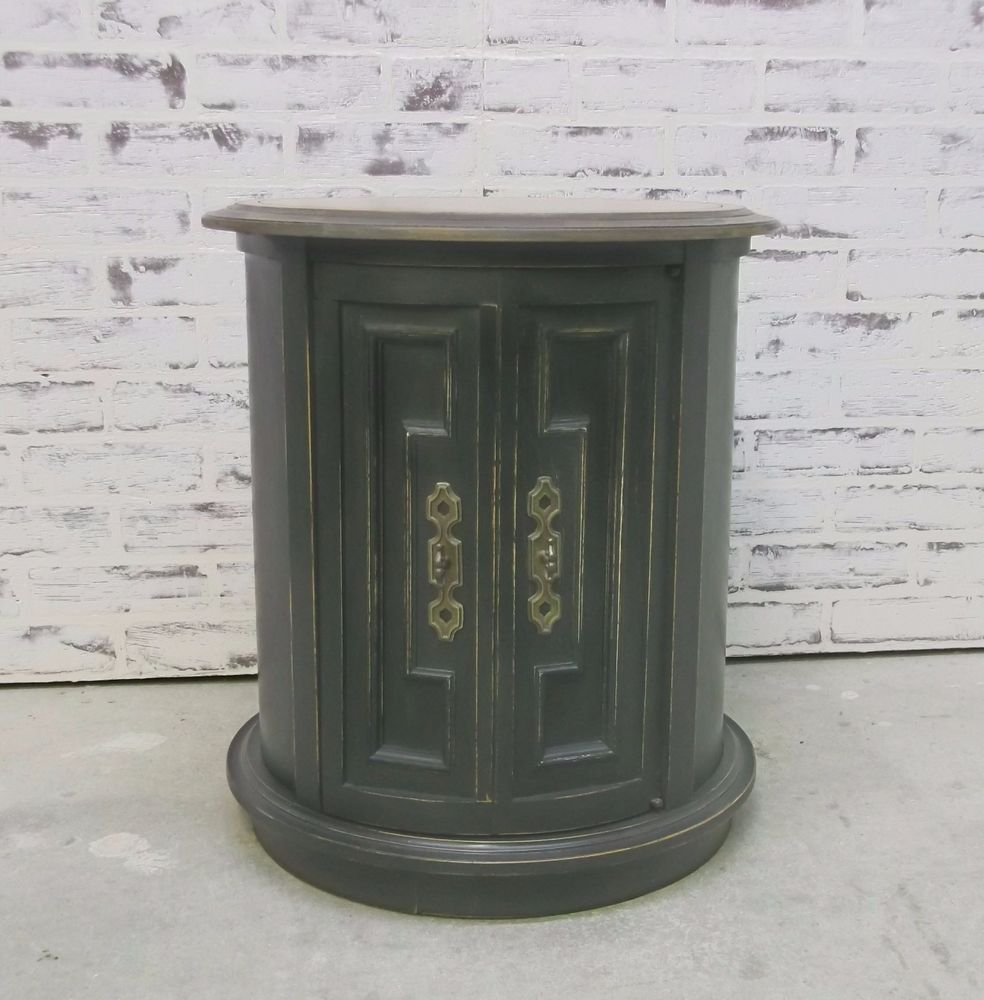 Round End Table / Nightstand, Distressed Black Cottage Style -TB1201 Shabby Chic