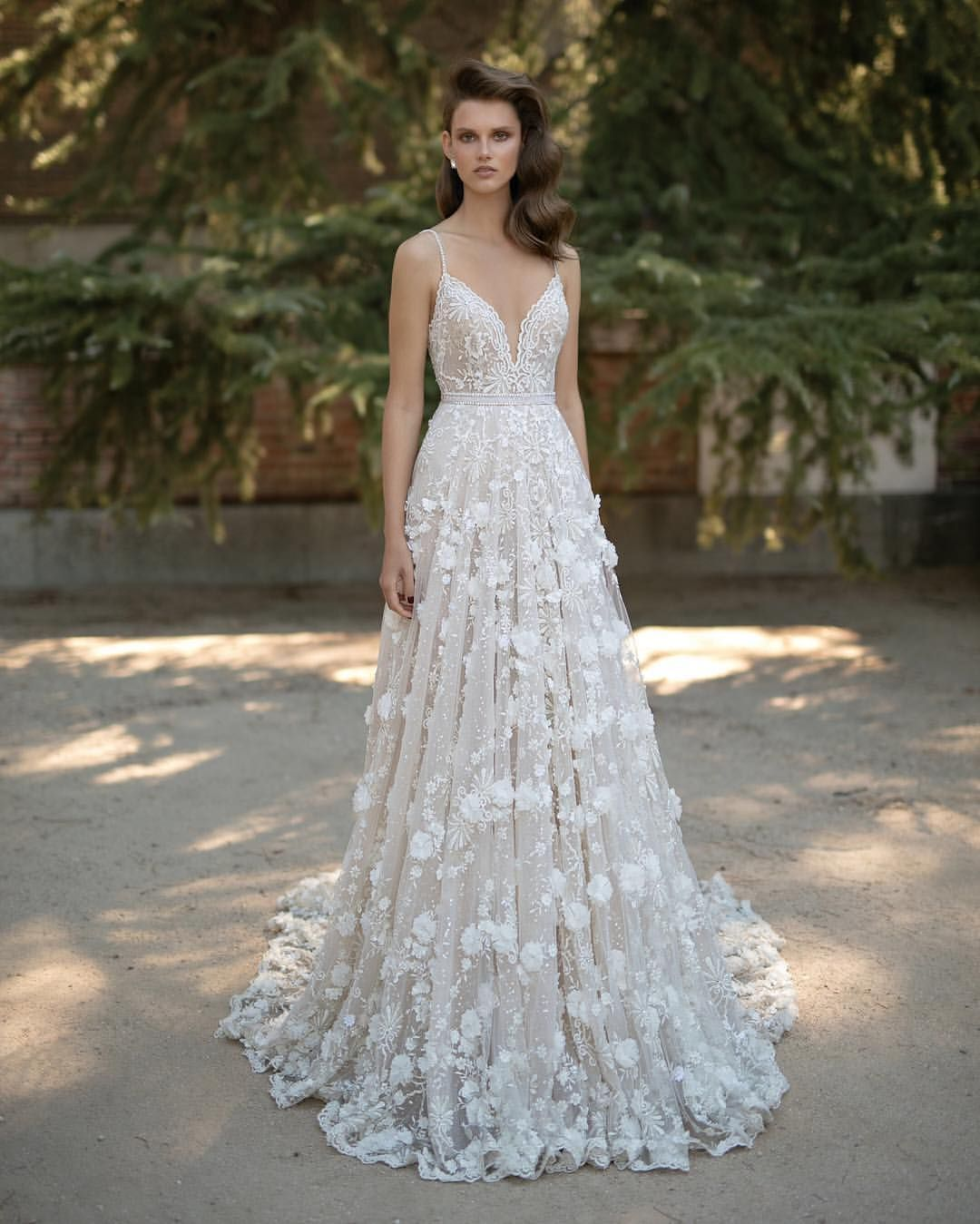 Trouwjurk berta bridal