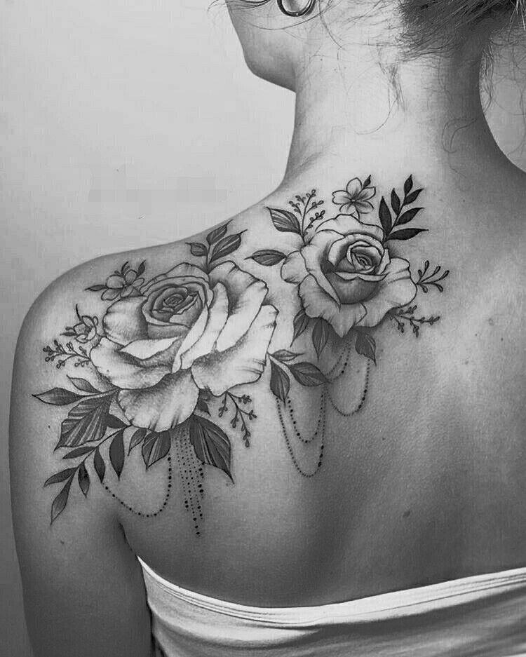 Pin By Ana Maria On Tatouage Tattoos Rose Tattoos Shoulder Tattoos For Women