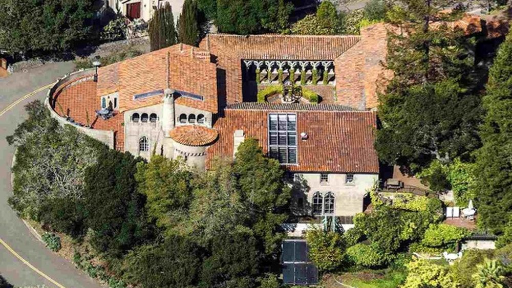 Stunning Berkeley Castle Goes On The Market For 5m California