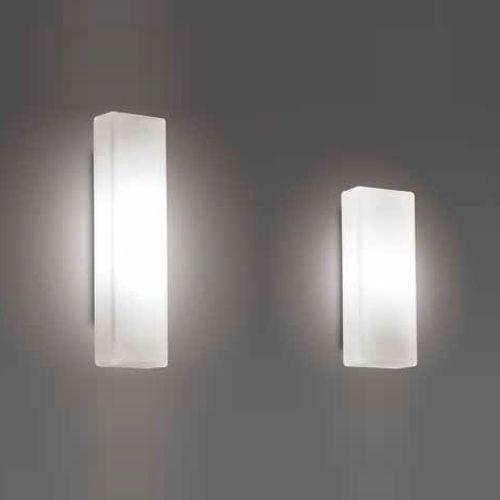 Arandela em Vidro Soprado Triplex Opalino Fosco e Partes em Alumínio P