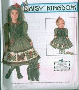 Simplicity Sewing Pattern 5272 18/' Doll Dress /& Accessories Beanbag Pillow