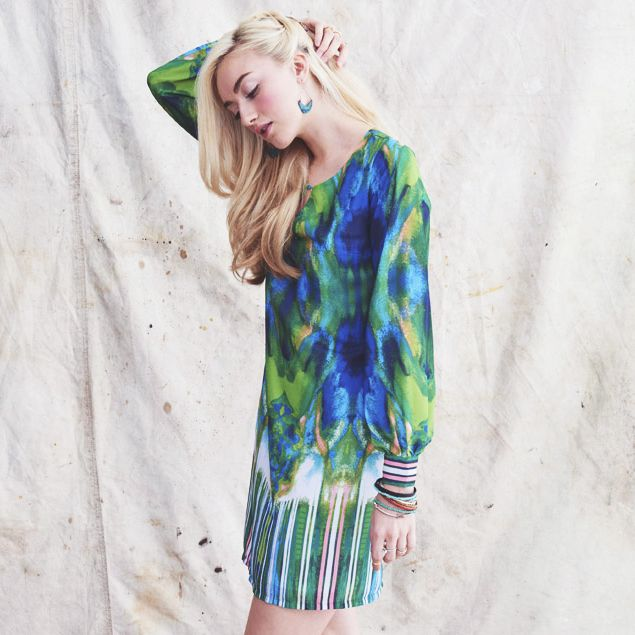 Shop our Watercolor V-neck dress AND enter to win a $750 shopping spree http://www.masonbelle.com/whats-new/watercolor-v-neck-dress/invt/fr9229pmr8l