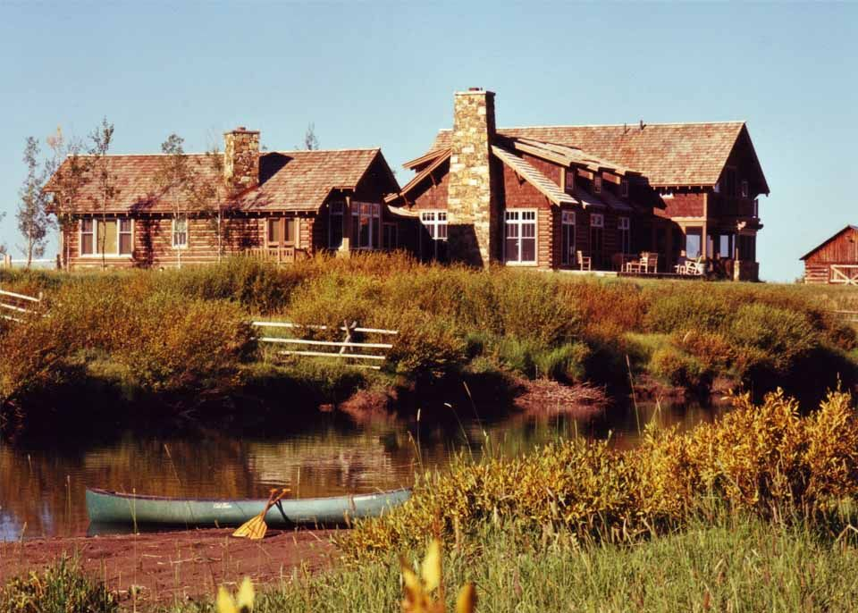 Loghome living at it's best Log home living, Log homes