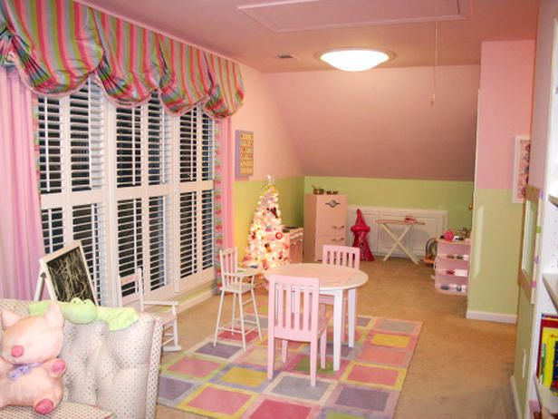 Sugar And Spice Playrooms For Girls From Rate My Space Girl Room Little Girl Rooms Girls Playroom