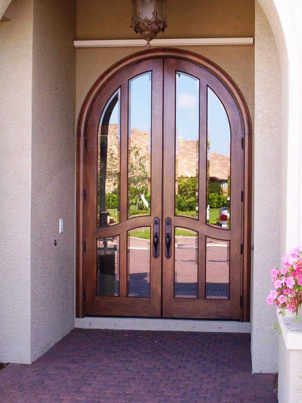 Arched top double entry doors commedesgarconsmademoiselle