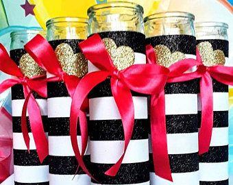 Black and White stripe centerpiece with fushia | Hot pink and stripe centerpiece | Fushia and stripe #sweet16centerpieces