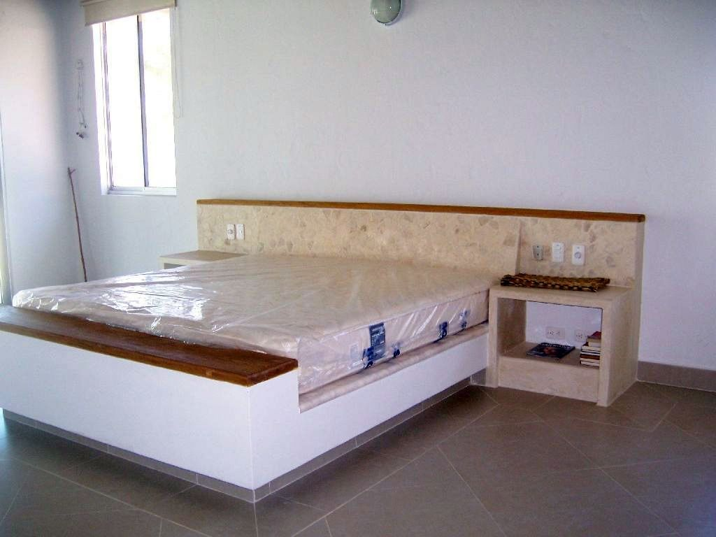 Camas de alvenaria com gavetas