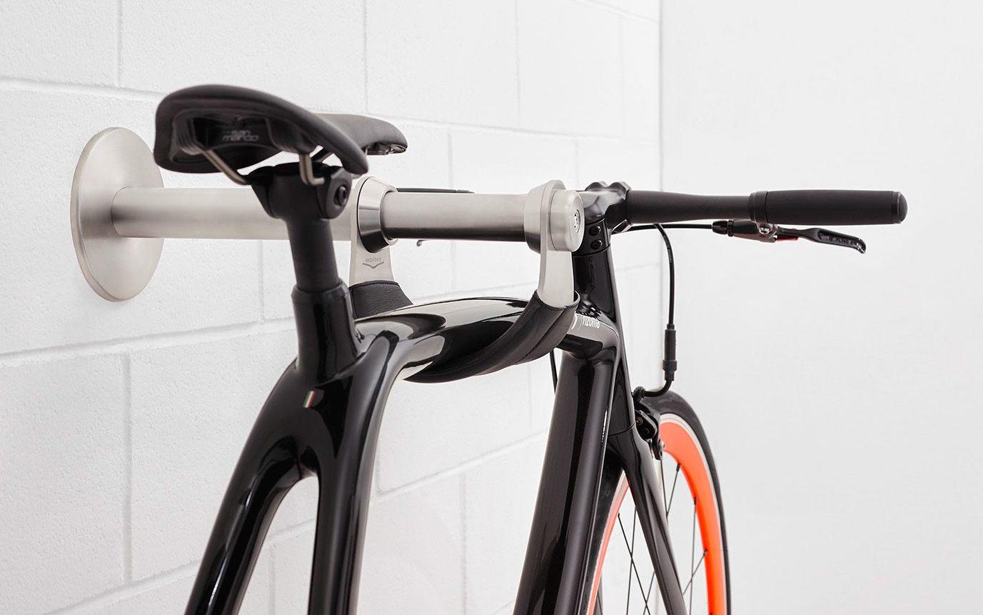 セキュリティーロック機能を備えたステンレス製の壁掛け自転車フック
