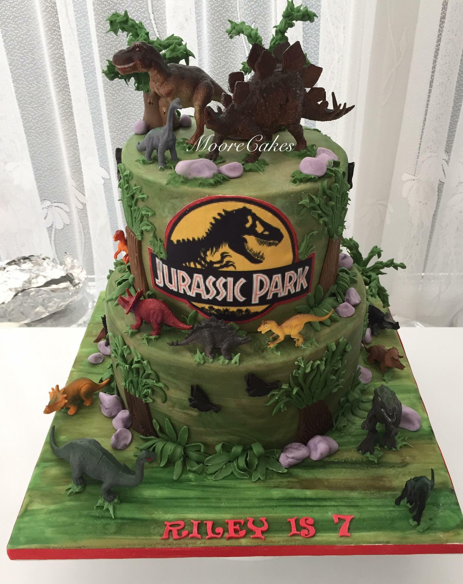 Jurassic Park Dinosaur Cake With Images Jurassic Park Birthday