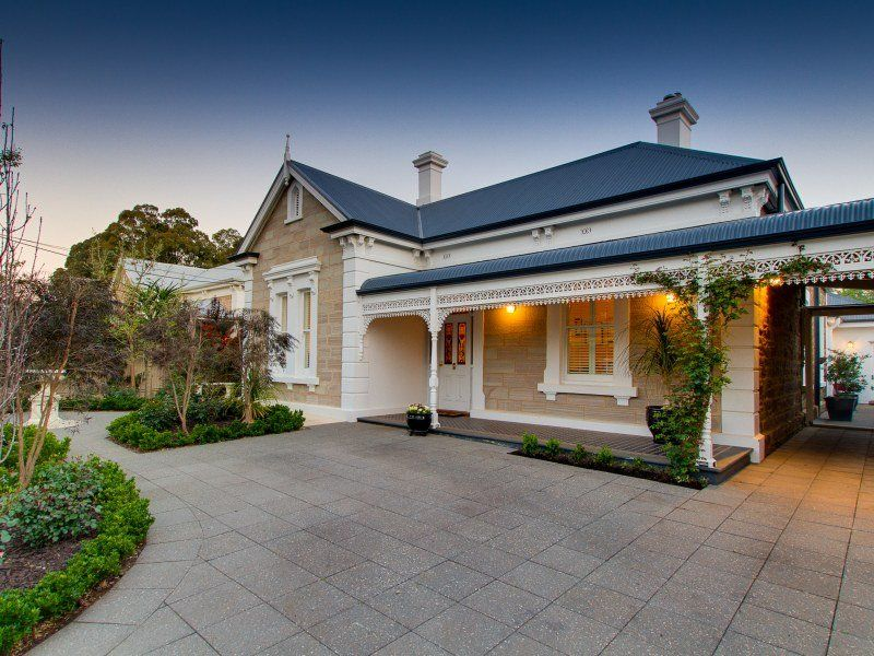 Sandstone project homes