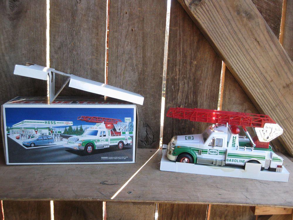 Vintage Hess 1994 Rescue Ladder Truck Siren Horn in Original Box & Paperwork